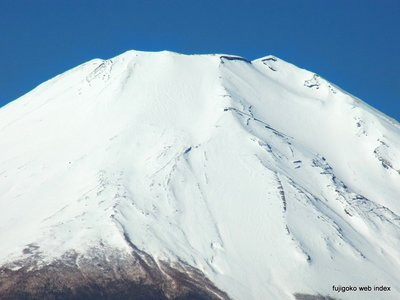 CX4望遠端で富士山頂