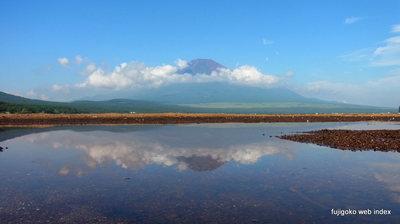 夏の逆さ富士〜もどき@山中湖