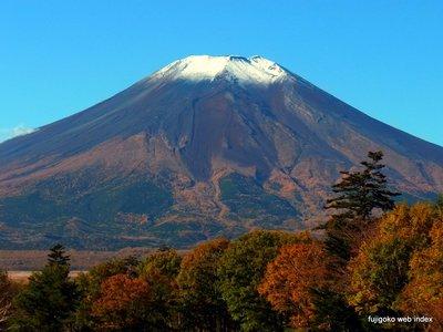 富士山ようやく再冠雪