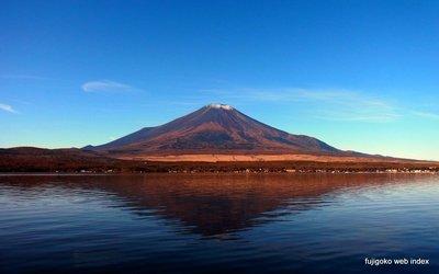 霜月の富士山
