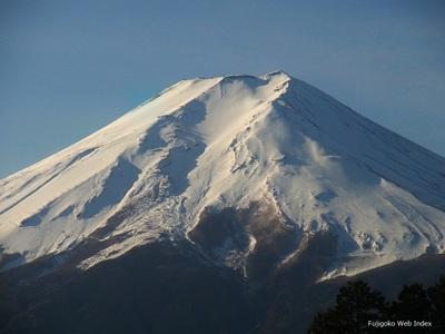 久々の富士山は富士吉田から